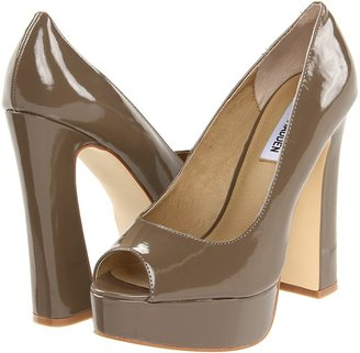 Steve Madden P-Faraa (Taupe Patent) - Footwear