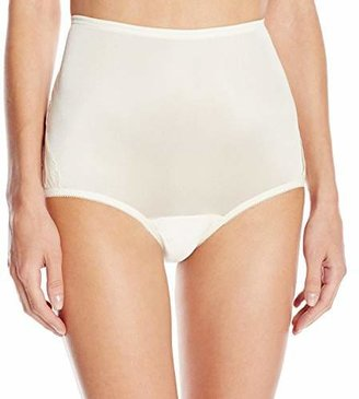 Vanity Fair Women's Perfectly Yours Lace Nouveau Brief Panty 13001 $10 thestylecure.com