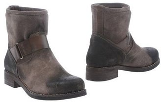 AF ANNA FIDANZA Ankle boots