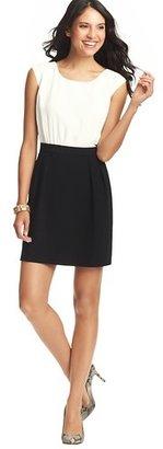 LOFT Crepe Short Sleeve Dress