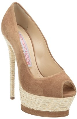 Gianmarco Lorenzi Collector platform pump