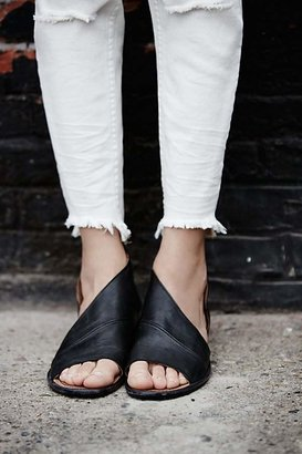Mont Blanc Sandal by FP Collection at Free People $168 thestylecure.com