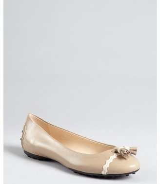 Tod's clay leather tassel detail flats