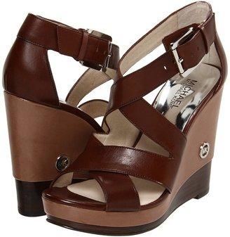 MICHAEL Michael Kors Belinda Cross Strap (Mocha Vachetta) - Footwear