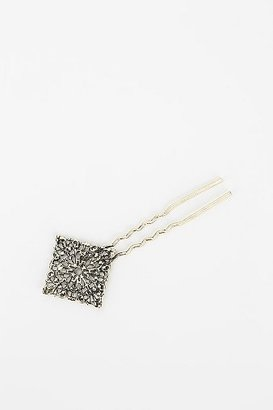 UO Filigree Hair Pin