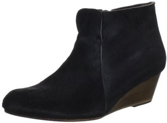Coclico Women's Killian Ankle Boot