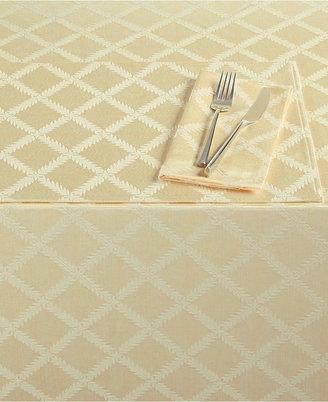 "Lenox Laurel Leaf 70"" x 86"" Oval Tablecloth"