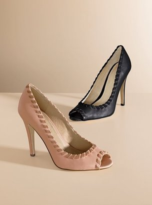 Victoria's Secret Peep-toe pump