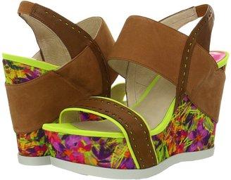 Joan & David Idalina (Light Natural/Citrus) - Footwear