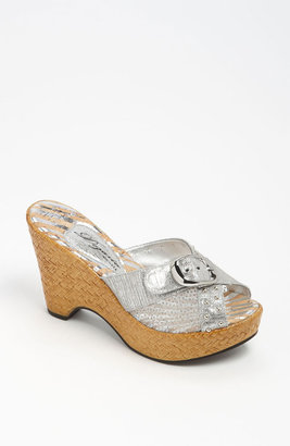 Dezario 'Amber' Sandal