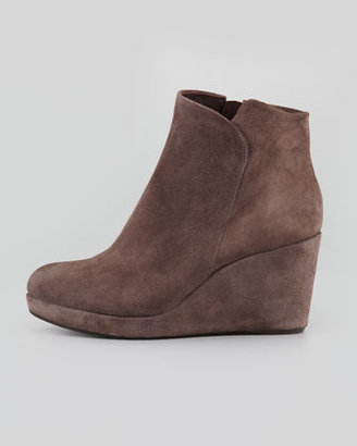 Coclico Hayleigh Suede Wedge Bootie, Gray