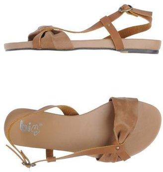 Bi 4 Sandals