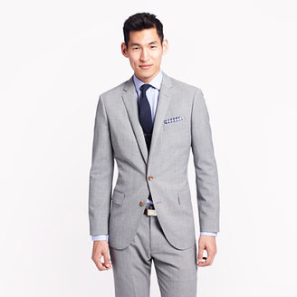 Ludlow suit jacket with double vent in light charcoal Italian worsted wool