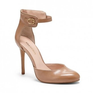 Sole Society Rachael rounded toe leather heel