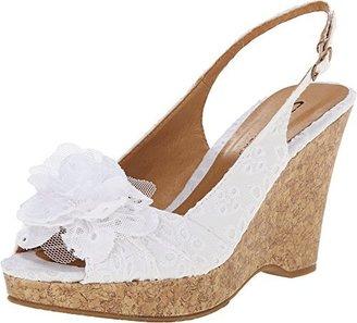 Chinese Laundry Women's Ilena-3 Wedge Sandal