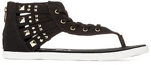 Converse The Chuck Taylor All Star Gladiator Thong in Black