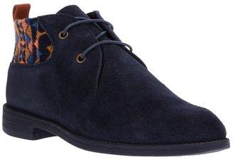 Swear 'Vienetta 4' boot
