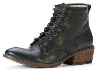 Frye Carson Lace Up 77335 Low Heel Ankle Boot - Black Black