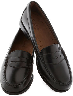 Bass Loafer and Over Flat in Black