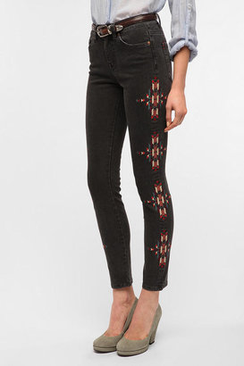 BDG Cigarette High-Rise Jean - Embroidered