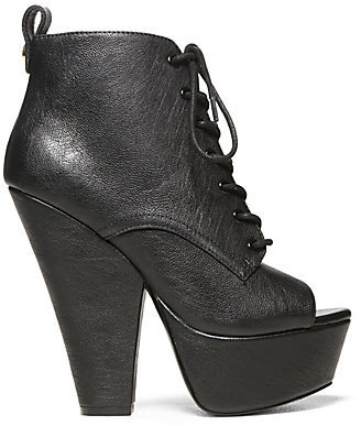 Steve Madden Enginee