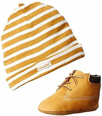 Timberland Crib Bootie with Hat, Unisex Baby's Birth Shoes Boot, Yellow (Wheat), 1.5 UK Child UK (17 EU)