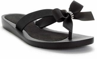 GUESS Tutu Bow Flip Flops $35 thestylecure.com