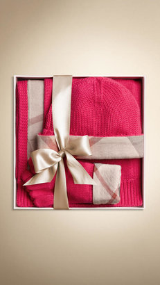 Burberry Cotton Cashmere Gloves and Beanie Set