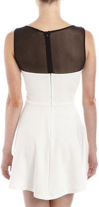 Romeo & Juliet Couture Banded-Front Dress, Black/White