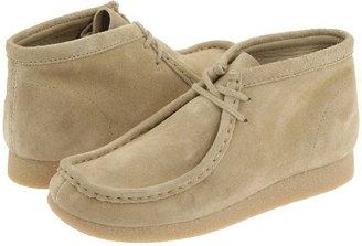 Clarks Wallabee Boot (Little Kid) (Sand Suede) - Footwear