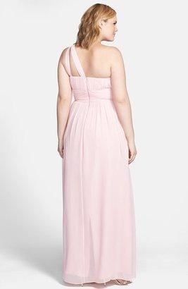 Donna Morgan 'Rachel' Ruched One-Shoulder Chiffon Gown (Regular & Plus)