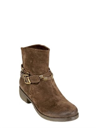 Fru.it 30mm Chained Suede Boots