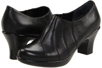 Dansko Bennett (Black Nappa) - Footwear