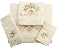Avanti Rosefan Towel Set