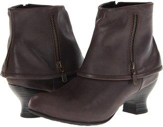 Wolky Saltzburg (Dark Brown Brushed Leather) - Footwear