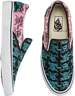 Vans Van Doren Classic Slip On Shoe