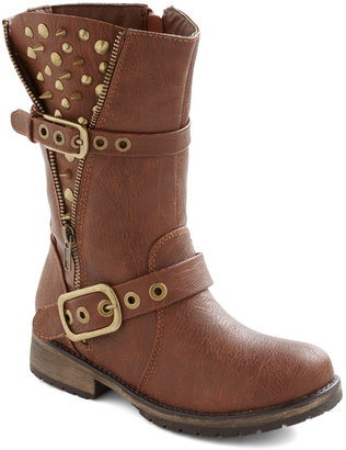 Open Spike Night Boot