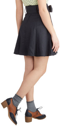 Matisse Musee Skirt in Navy