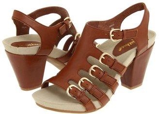 Earthies Larissa (Dark Tan) - Footwear