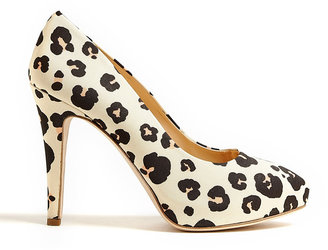 Moschino Cheap & Chic Beige Leopard Print Court Shoes