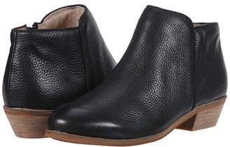 SoftWalk Rocklin (Saddle) Women's Shoes