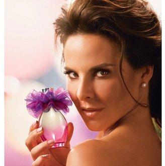 Avon Flor Violeta Eau de Parfum Spray