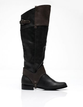 Restricted Belmont Boot