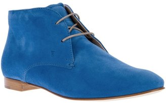 Tod's lace up boot