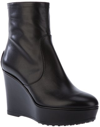 Tod's Wedge boot