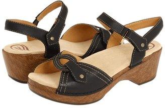 Dansko Sara (Black Waxy) - Footwear