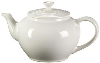 Le Creuset 22-oz. Small Teapot with Infuser, White