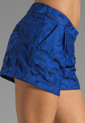 Milly Magnolia Lace Pleat Front Shorts