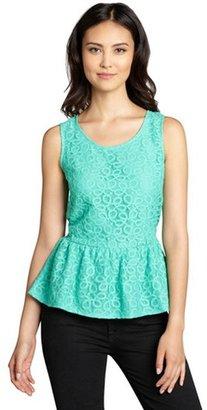 Romeo & Juliet Couture mint crochet peplum hem sleeveless top
