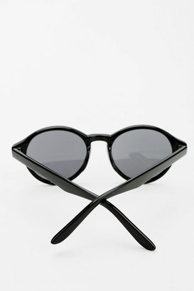 Urban Outfitters Alexa Round Sunglasses